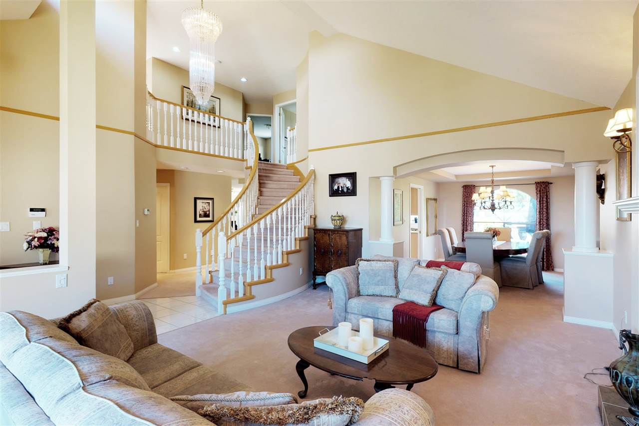 Detached at 1577 LODGEPOLE PLACE, Coquitlam, British Columbia. Image 3