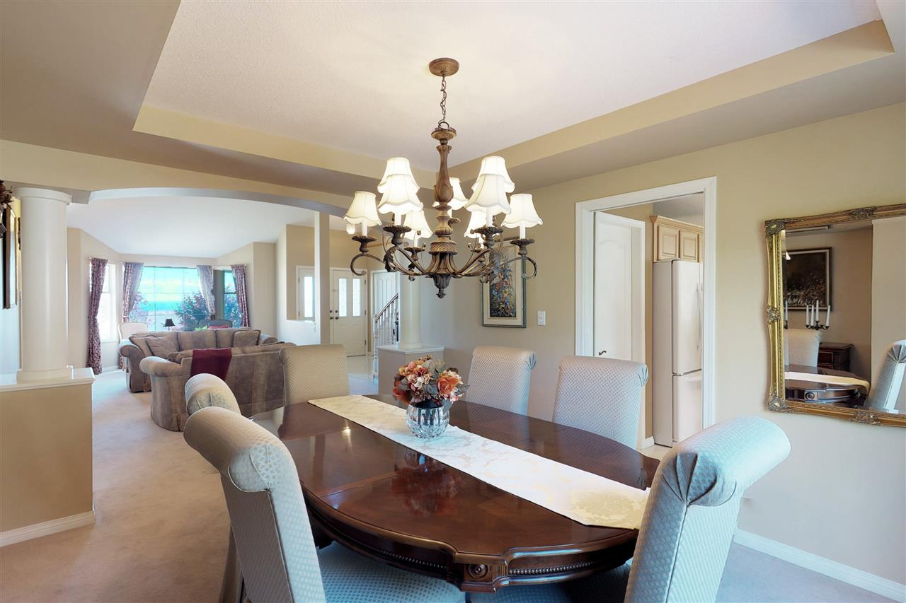 Detached at 1577 LODGEPOLE PLACE, Coquitlam, British Columbia. Image 5