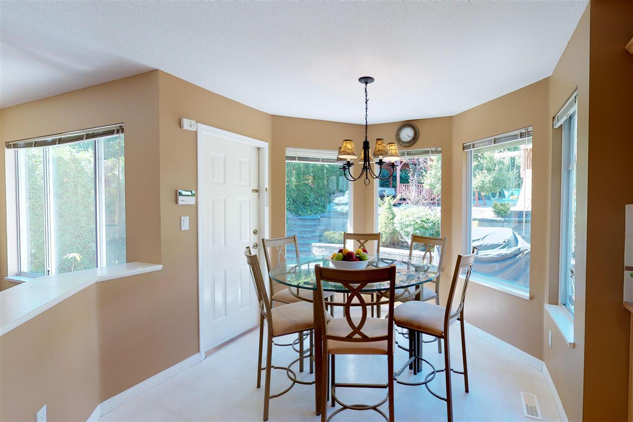 Detached at 1577 LODGEPOLE PLACE, Coquitlam, British Columbia. Image 7