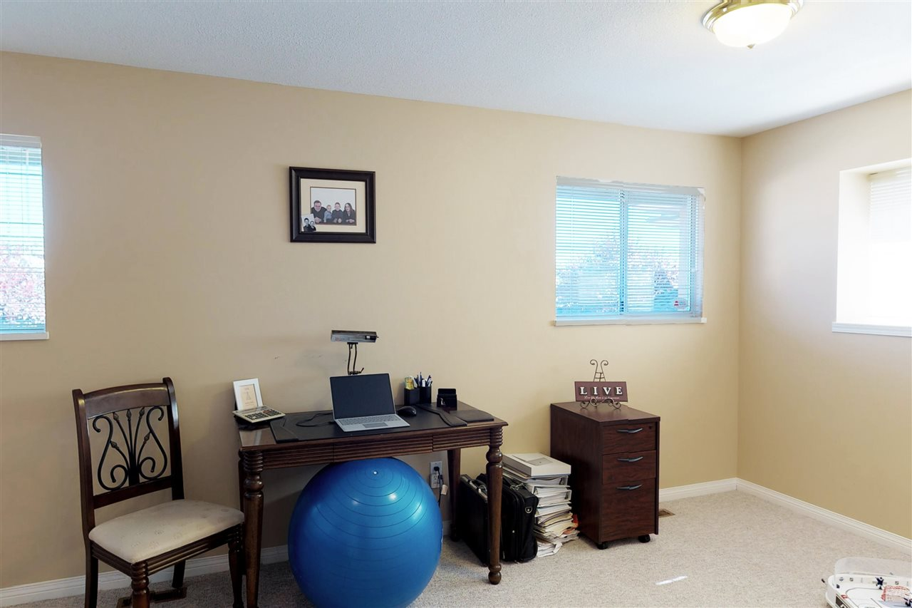 Detached at 1577 LODGEPOLE PLACE, Coquitlam, British Columbia. Image 14