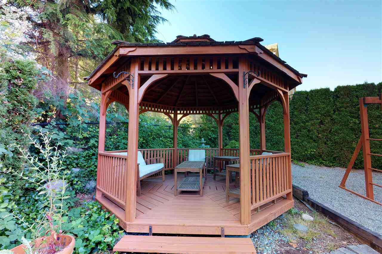 Detached at 1577 LODGEPOLE PLACE, Coquitlam, British Columbia. Image 15