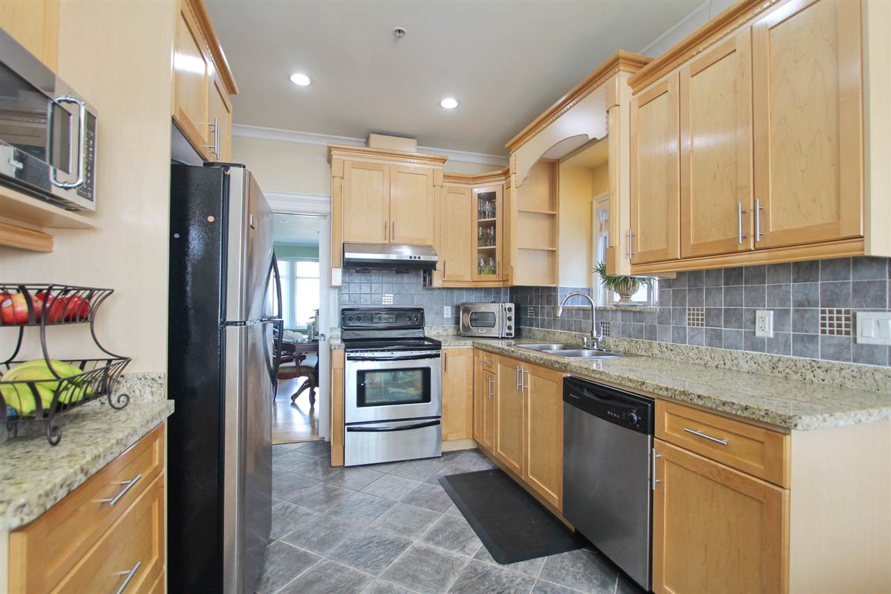 Detached at 5839 DUMFRIES STREET, Vancouver East, British Columbia. Image 7