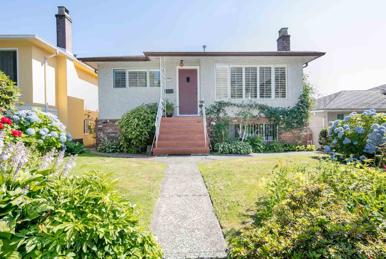 Detached at 2656 WAVERLEY AVENUE, Vancouver East, British Columbia. Image 19