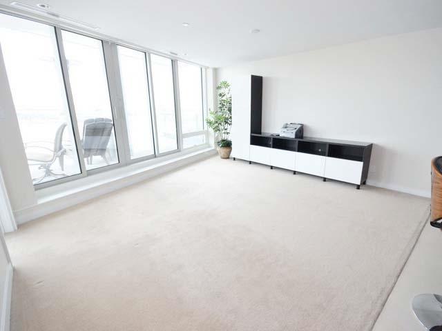 Condo Apartment at 701 5151 BRIGHOUSE WAY, Unit 701, Richmond, British Columbia. Image 15
