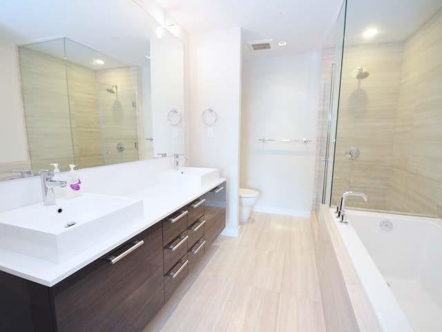 Condo Apartment at 701 5151 BRIGHOUSE WAY, Unit 701, Richmond, British Columbia. Image 17