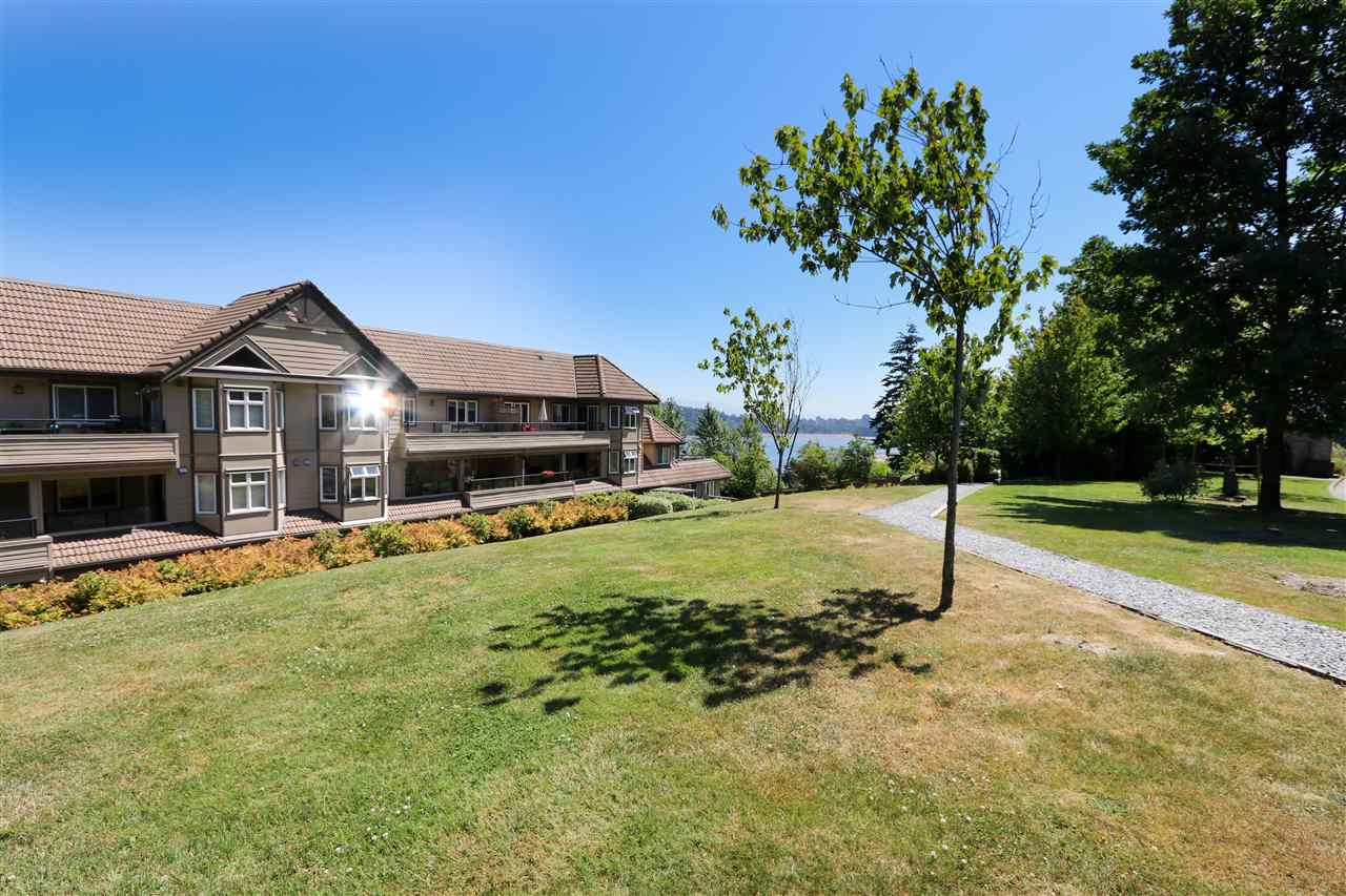 Condo Apartment at 112 160 SHORELINE CIRCLE, Unit 112, Port Moody, British Columbia. Image 3