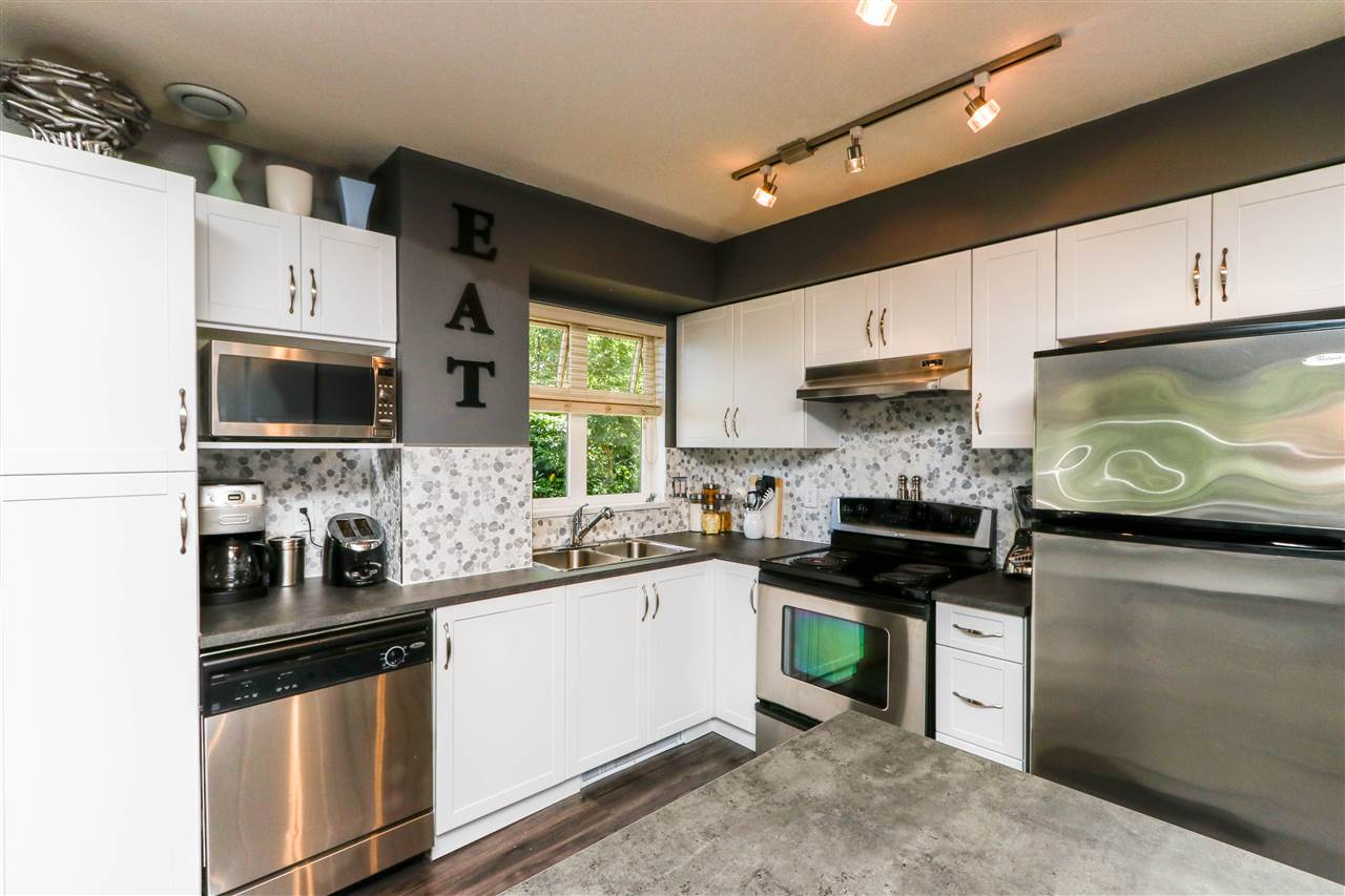 Condo Apartment at 112 160 SHORELINE CIRCLE, Unit 112, Port Moody, British Columbia. Image 7