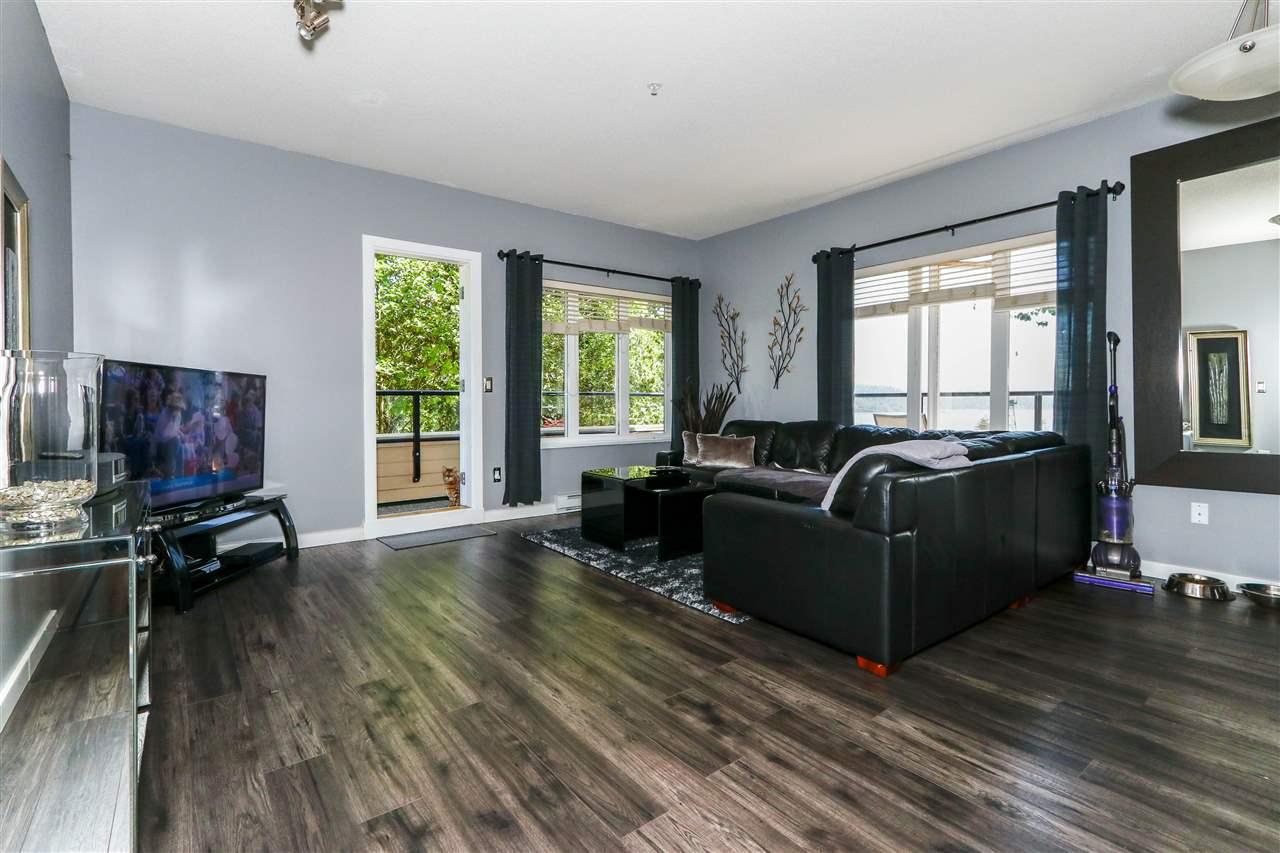 Condo Apartment at 112 160 SHORELINE CIRCLE, Unit 112, Port Moody, British Columbia. Image 10