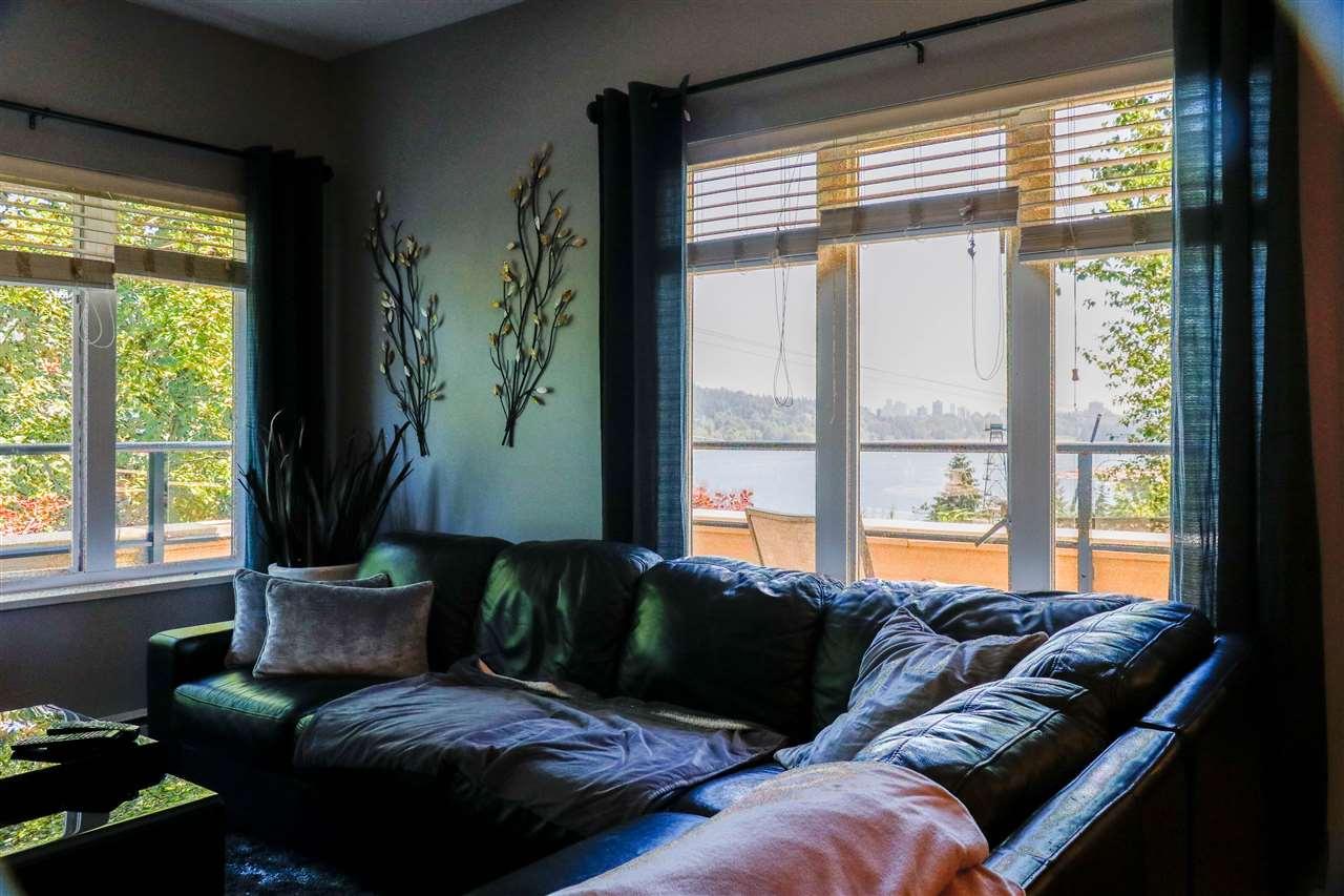 Condo Apartment at 112 160 SHORELINE CIRCLE, Unit 112, Port Moody, British Columbia. Image 11
