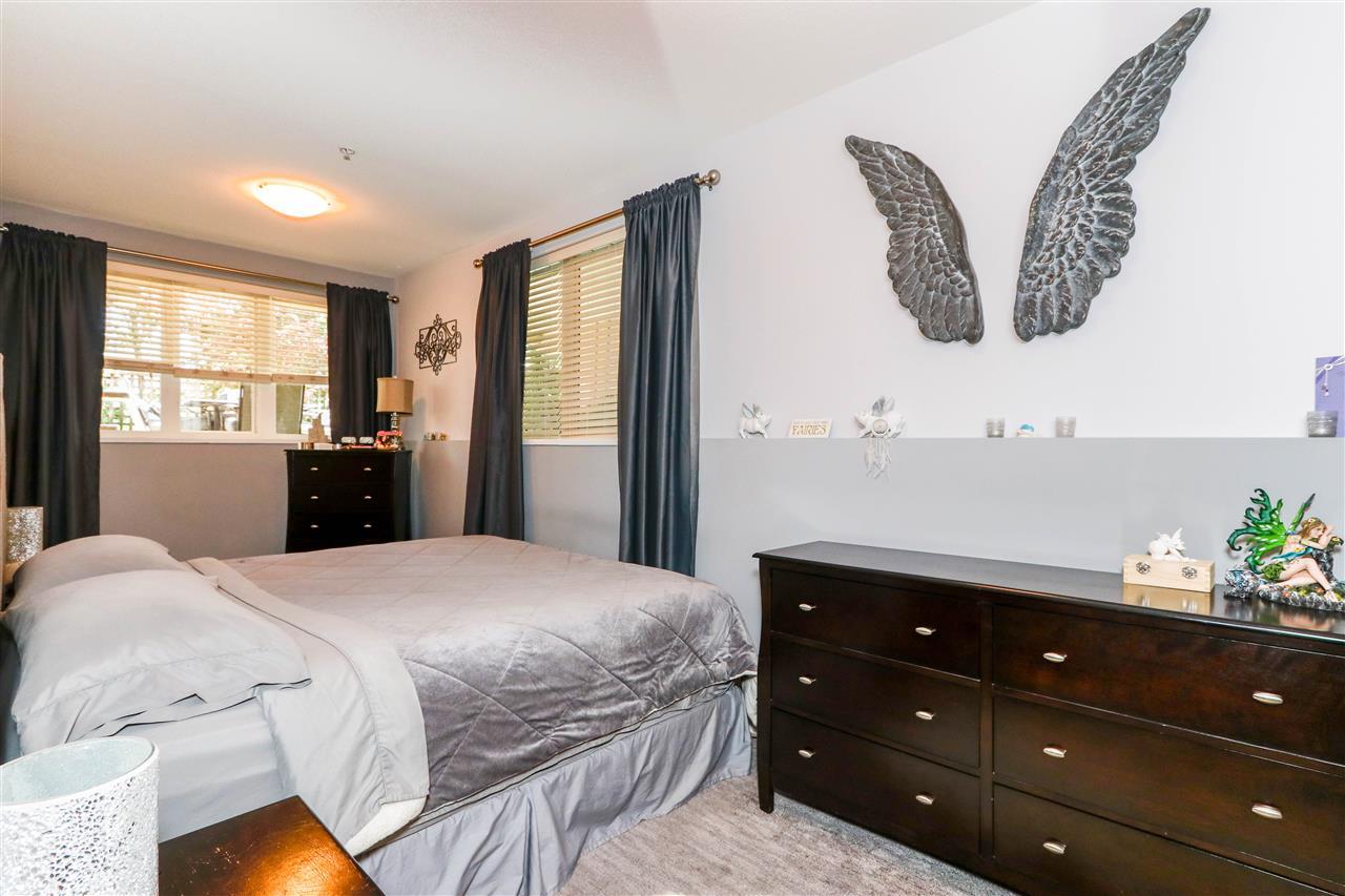 Condo Apartment at 112 160 SHORELINE CIRCLE, Unit 112, Port Moody, British Columbia. Image 12