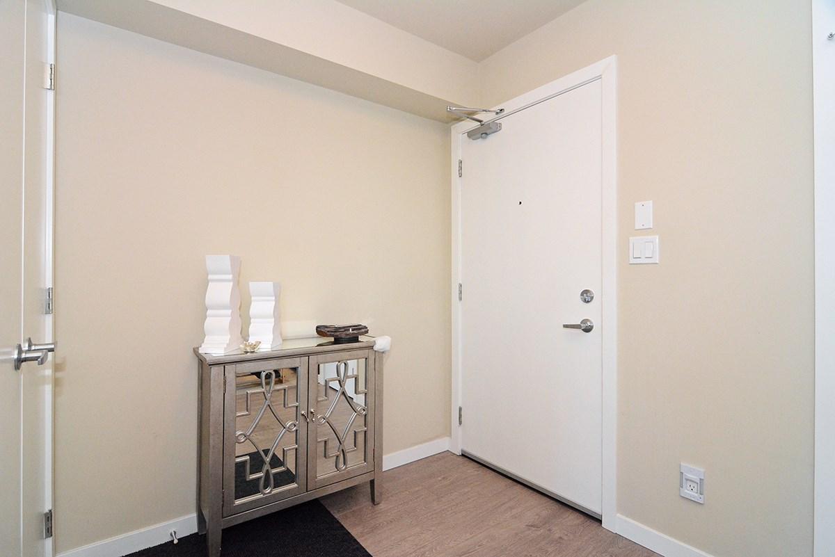 Condo Apartment at 502B 2711 KINGSWAY, Unit 502B, Vancouver East, British Columbia. Image 2