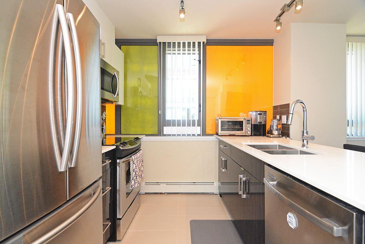 Condo Apartment at 502B 2711 KINGSWAY, Unit 502B, Vancouver East, British Columbia. Image 3
