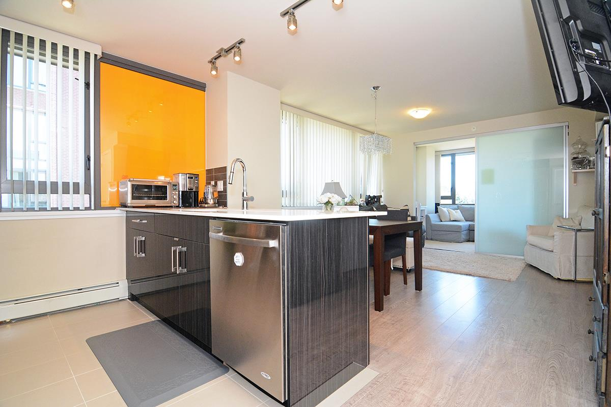 Condo Apartment at 502B 2711 KINGSWAY, Unit 502B, Vancouver East, British Columbia. Image 4