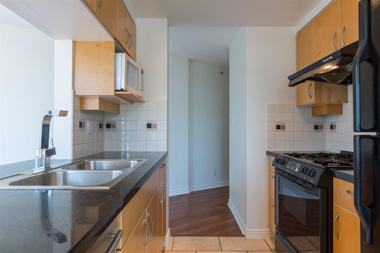 Condo Apartment at 1009 189 DAVIE STREET, Unit 1009, Vancouver West, British Columbia. Image 8