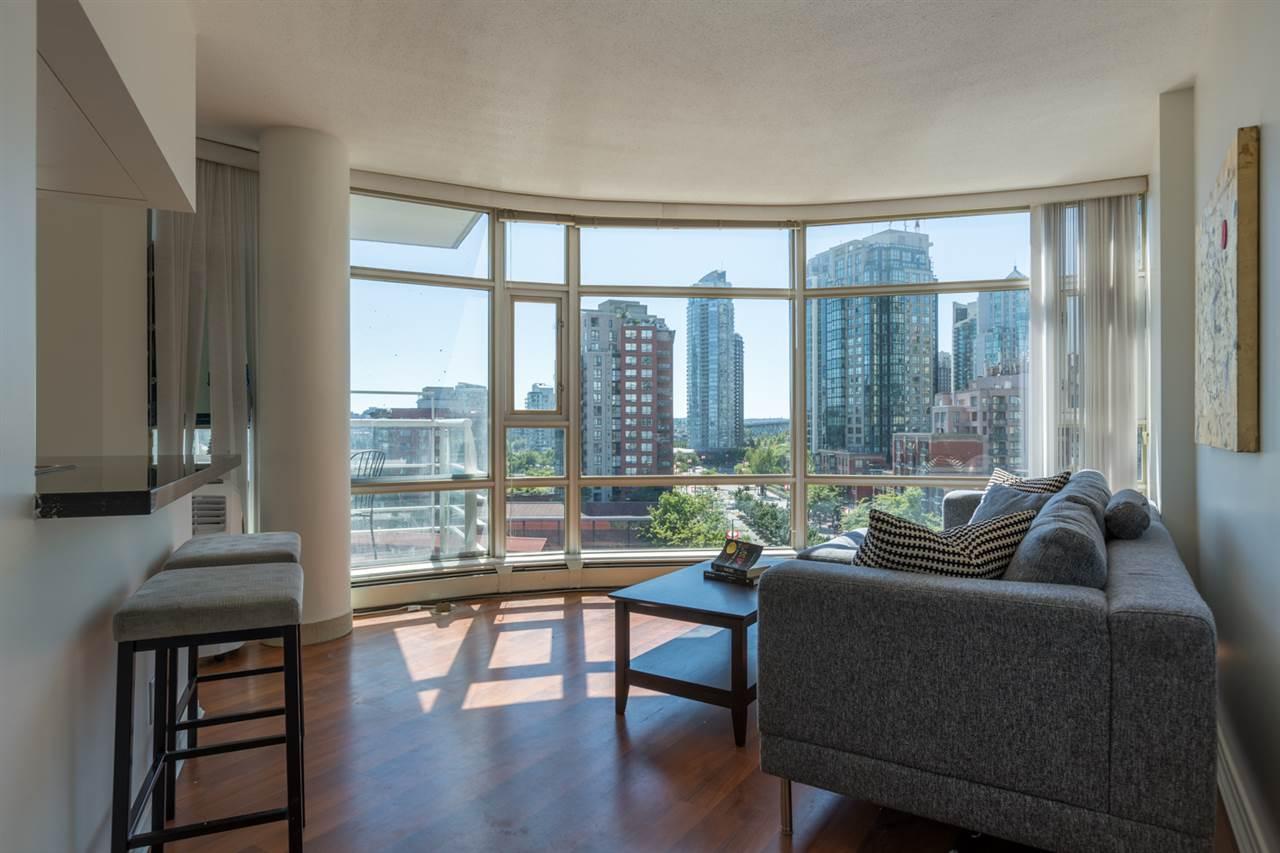 Condo Apartment at 1009 189 DAVIE STREET, Unit 1009, Vancouver West, British Columbia. Image 12