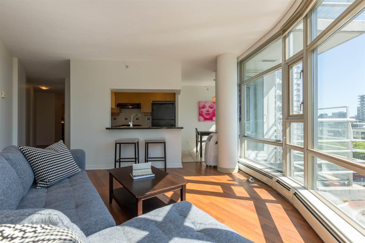 Condo Apartment at 1009 189 DAVIE STREET, Unit 1009, Vancouver West, British Columbia. Image 13