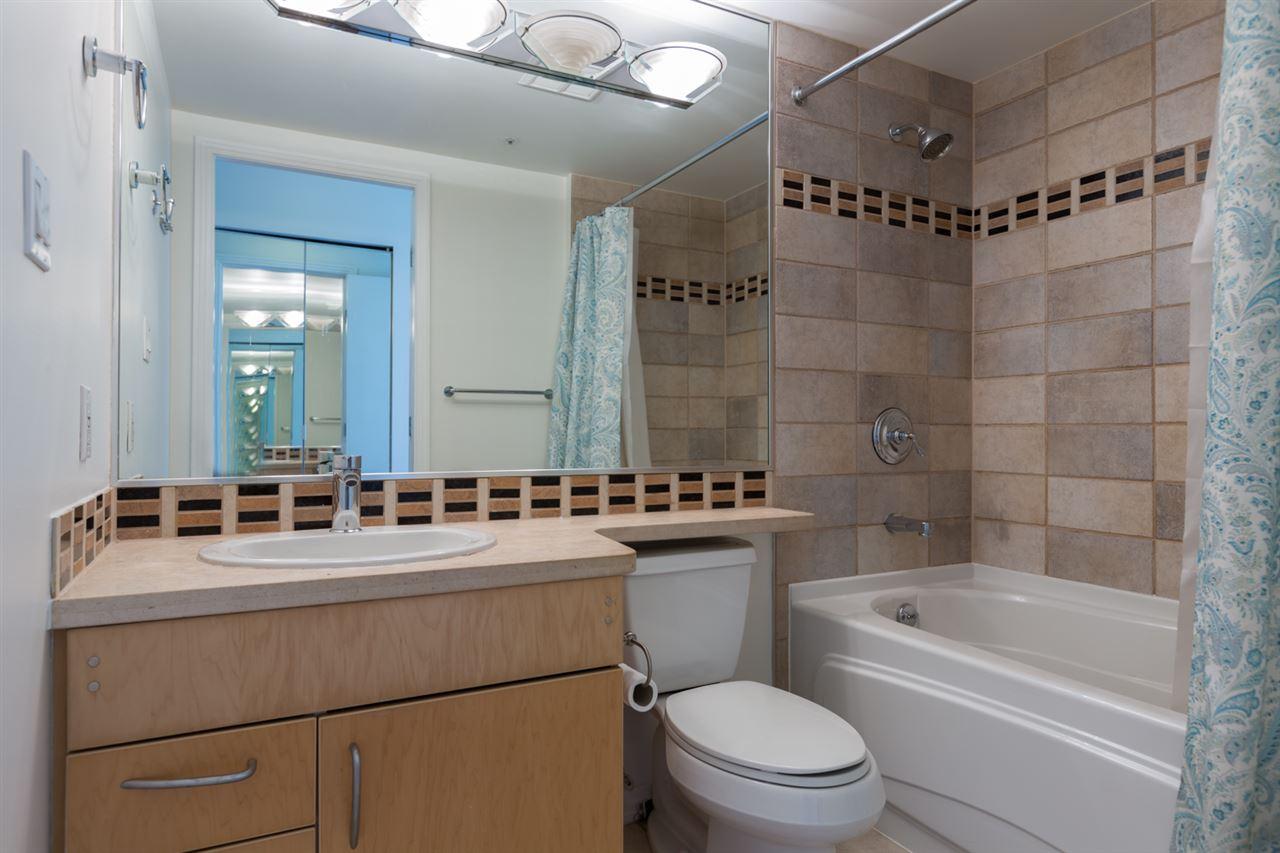Condo Apartment at 1009 189 DAVIE STREET, Unit 1009, Vancouver West, British Columbia. Image 15
