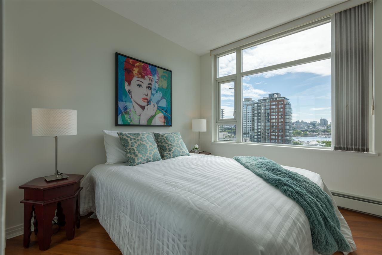 Condo Apartment at 1009 189 DAVIE STREET, Unit 1009, Vancouver West, British Columbia. Image 16