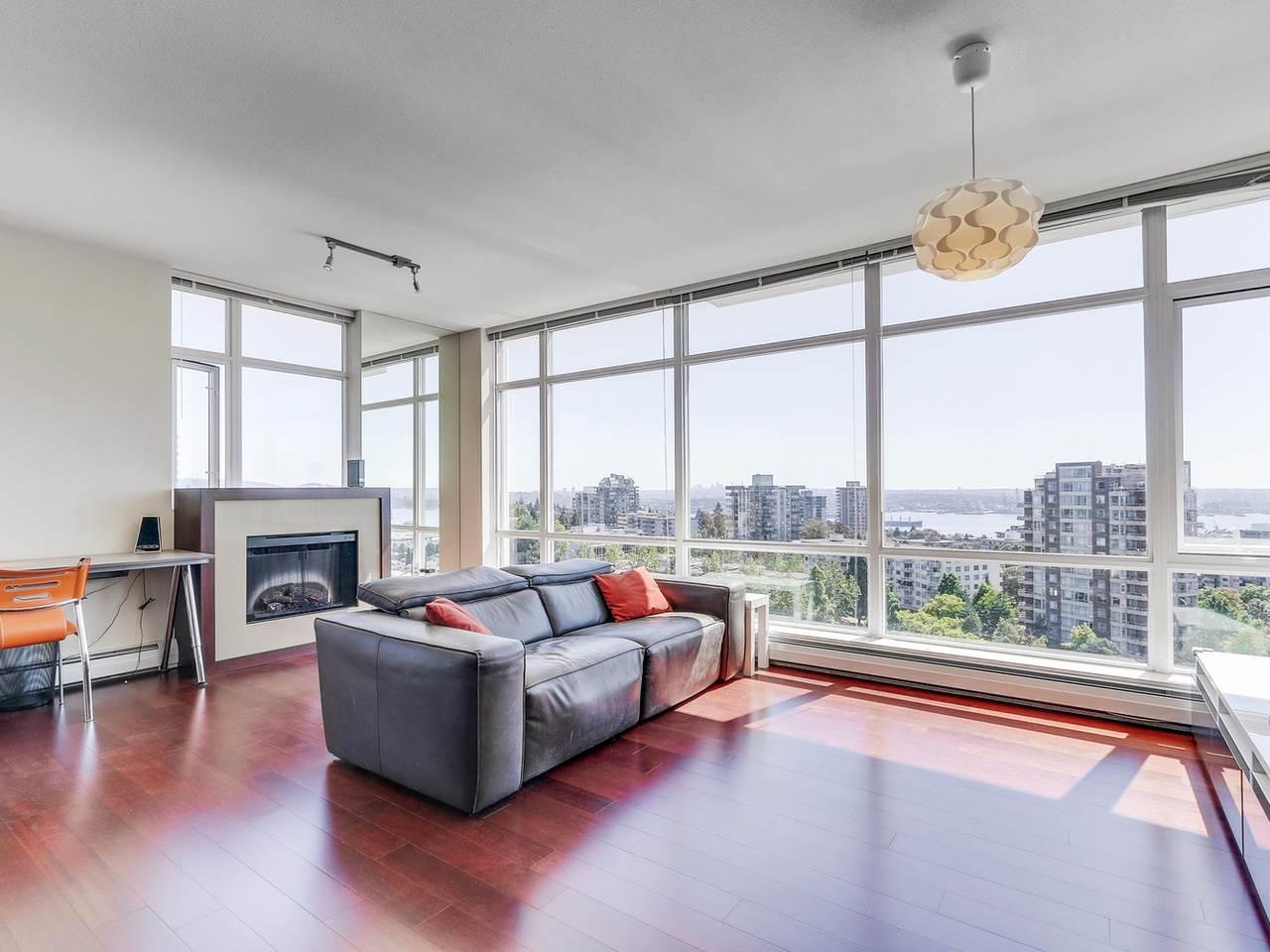 Condo Apartment at 1201 1320 CHESTERFIELD AVENUE, Unit 1201, North Vancouver, British Columbia. Image 6