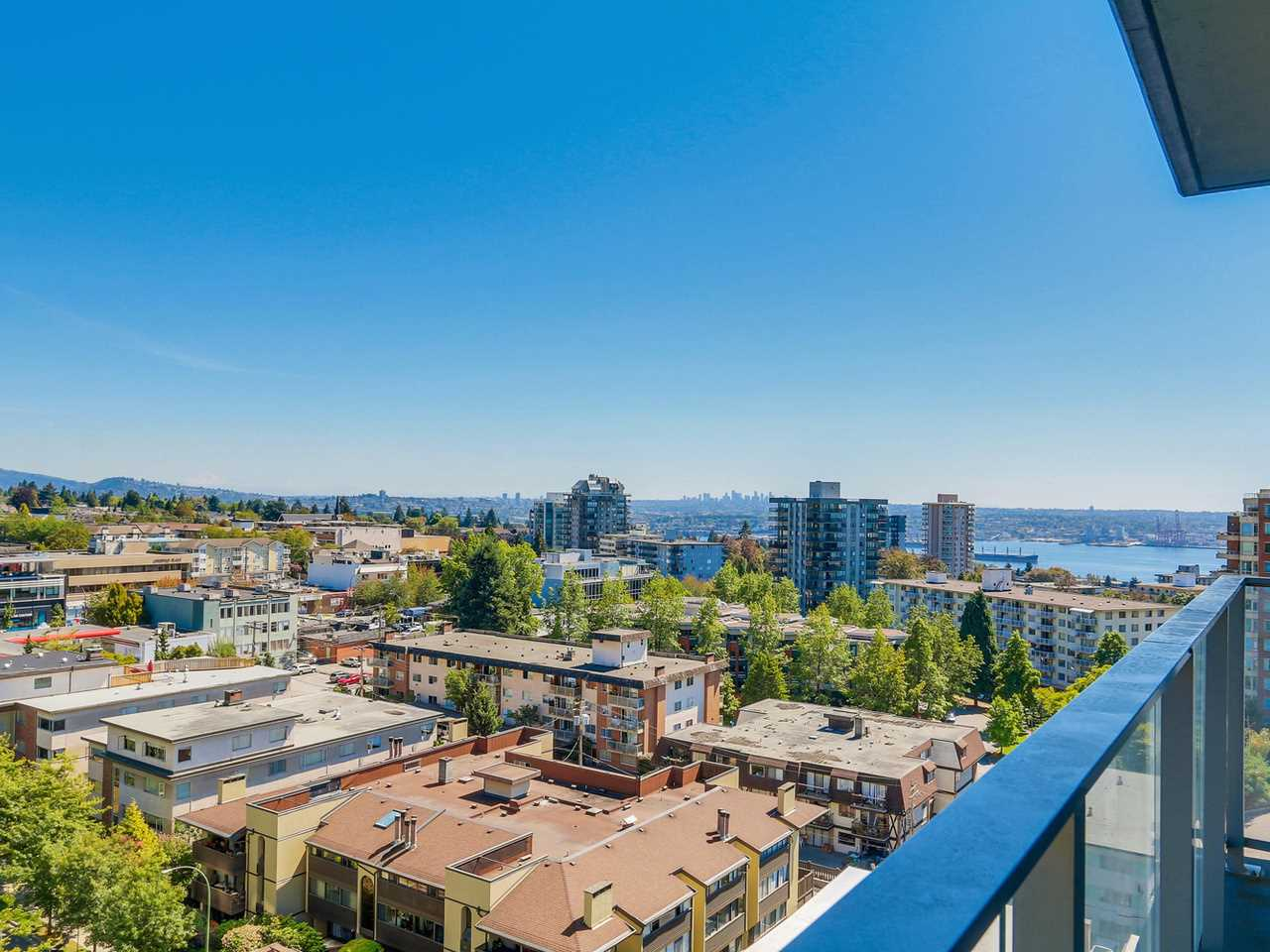 Condo Apartment at 1201 1320 CHESTERFIELD AVENUE, Unit 1201, North Vancouver, British Columbia. Image 13