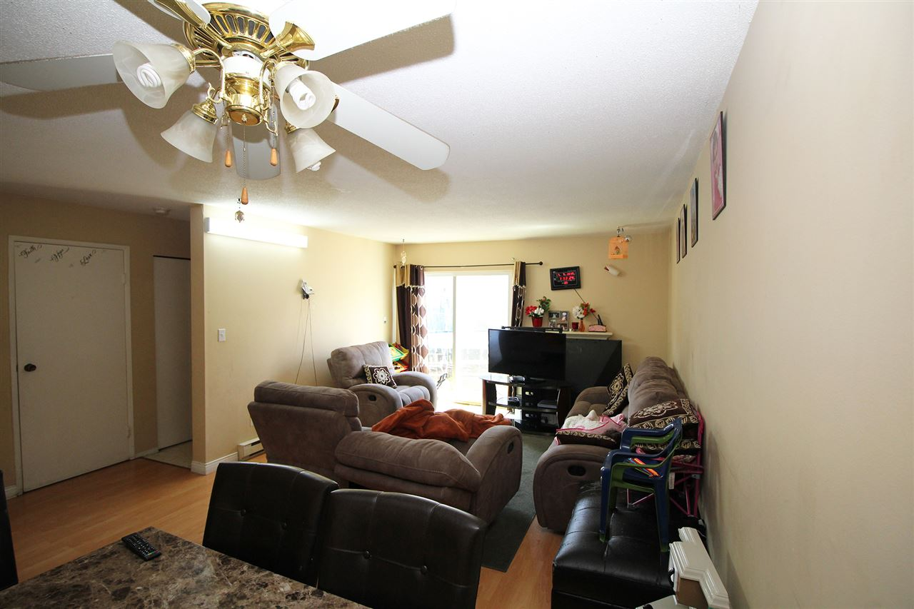 Townhouse at 184 32550 MACLURE ROAD, Unit 184, Abbotsford, British Columbia. Image 4