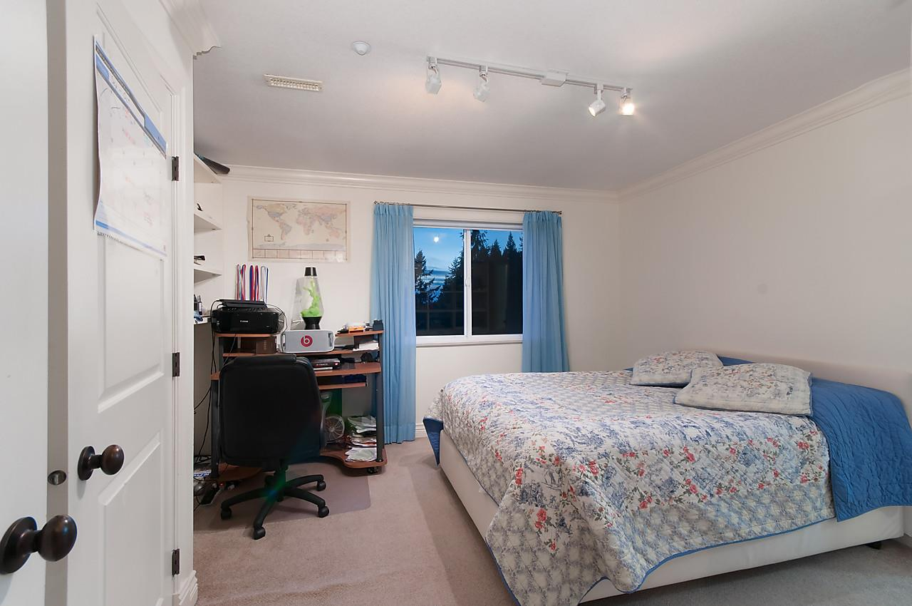 Detached at 2781 CHELSEA CLOSE, West Vancouver, British Columbia. Image 14