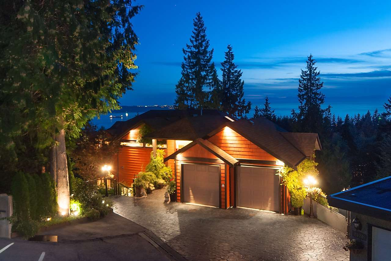 Detached at 2781 CHELSEA CLOSE, West Vancouver, British Columbia. Image 19