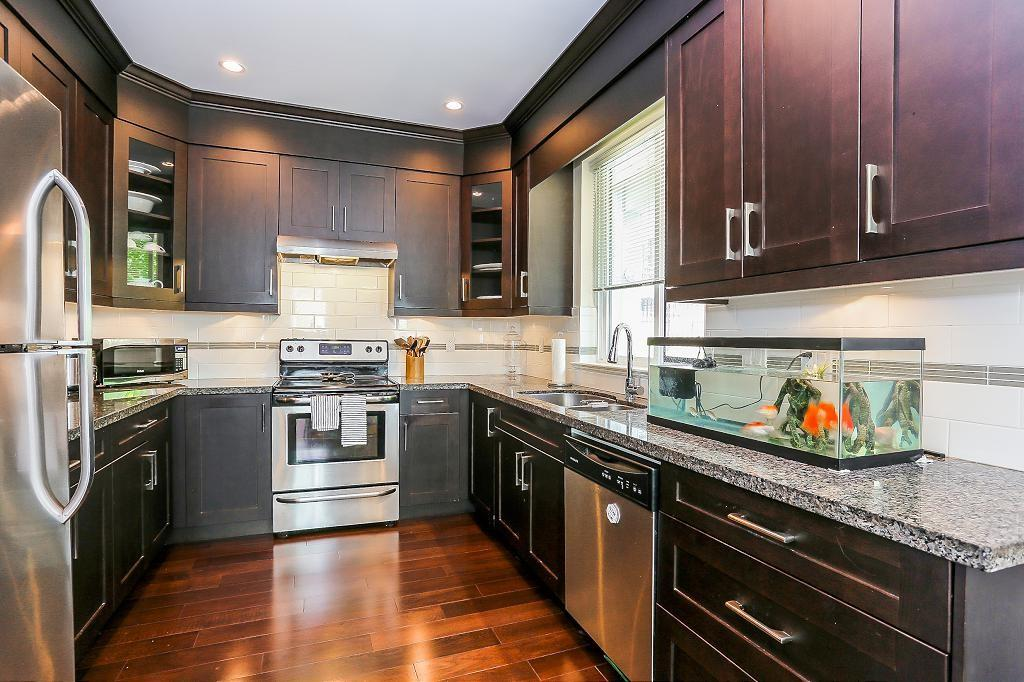 Detached at 1426 BEWICKE AVENUE, North Vancouver, British Columbia. Image 6