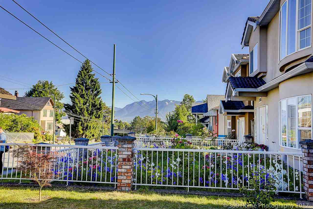 Detached at 3878 VICTORIA DRIVE, Vancouver East, British Columbia. Image 2