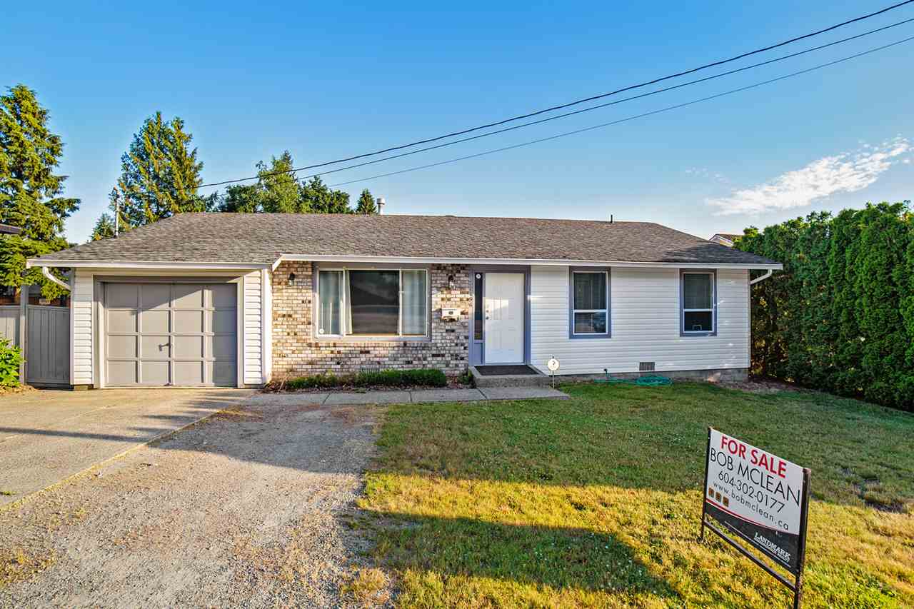 Detached at 32496 14TH AVENUE, Mission, British Columbia. Image 1