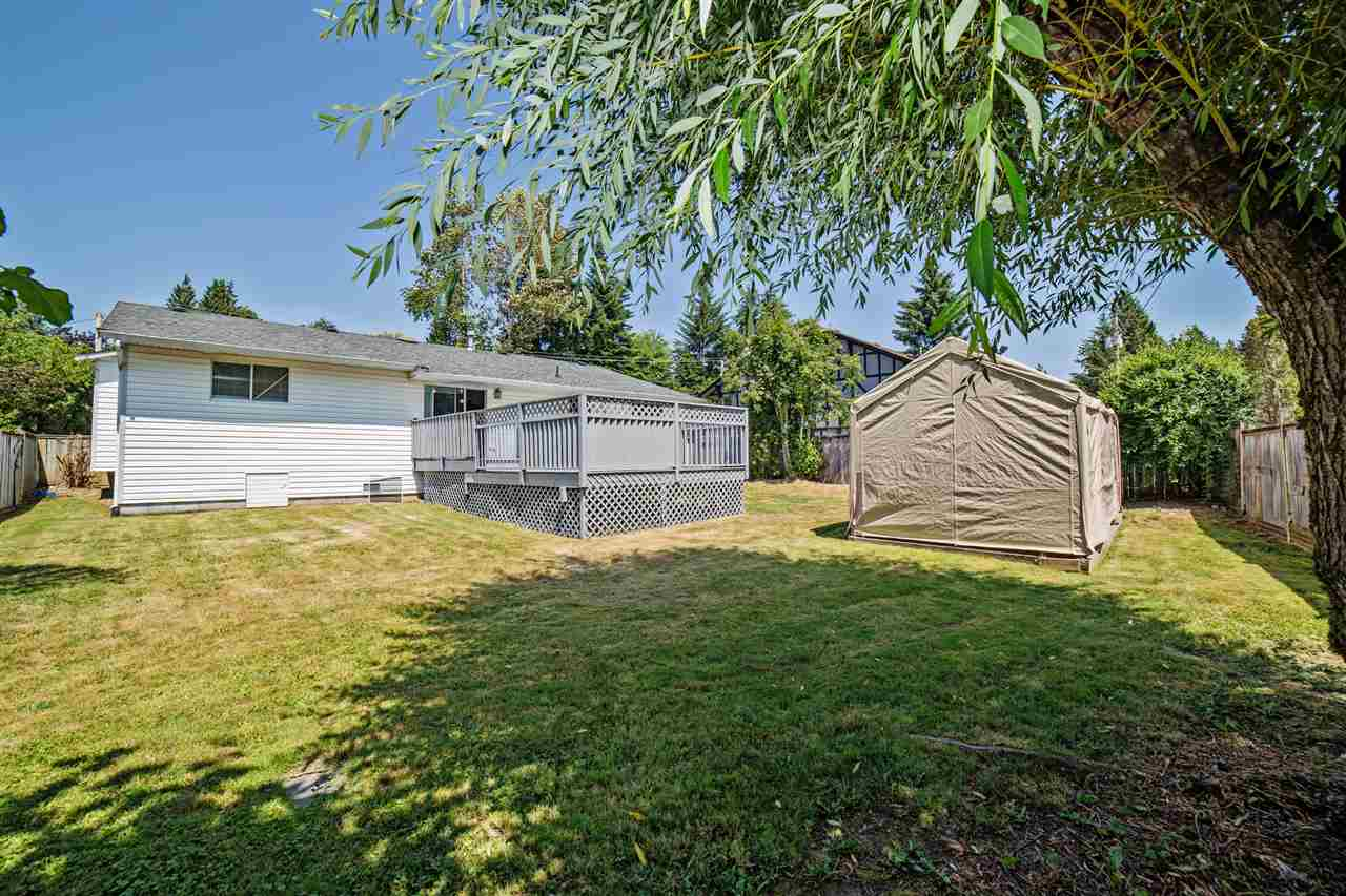 Detached at 32496 14TH AVENUE, Mission, British Columbia. Image 2