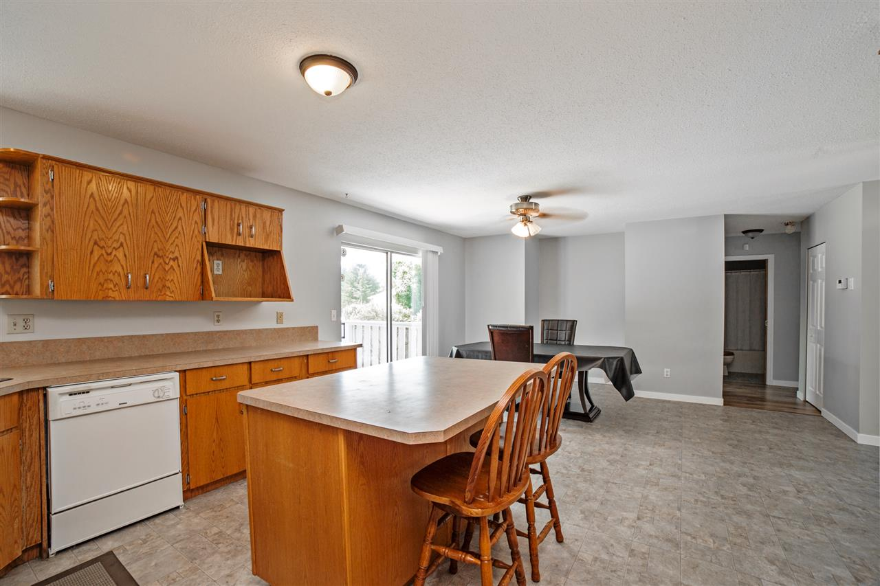 Detached at 32496 14TH AVENUE, Mission, British Columbia. Image 11