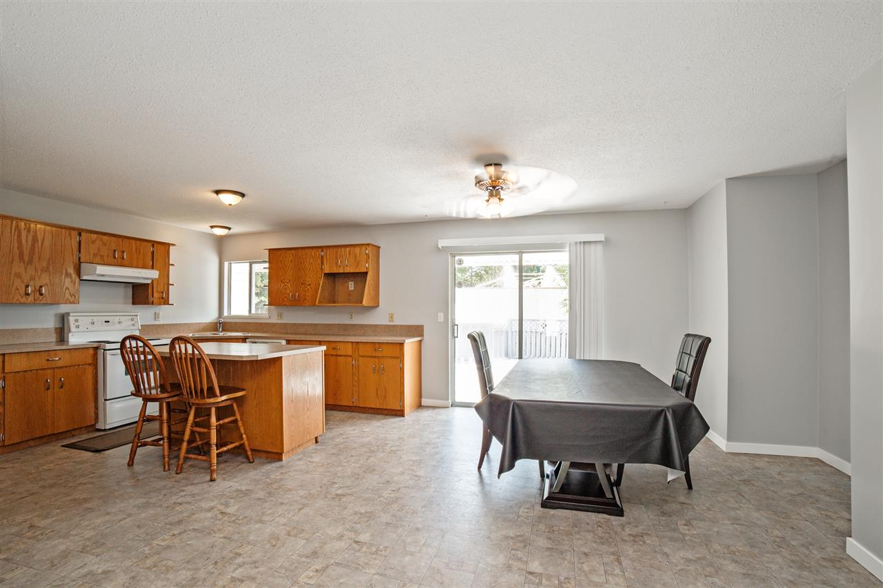 Detached at 32496 14TH AVENUE, Mission, British Columbia. Image 13