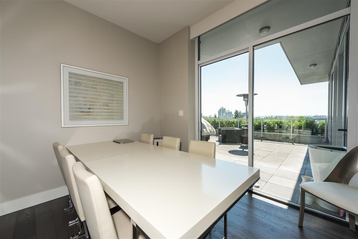 Condo Apartment at 502 918 KEITH ROAD, Unit 502, West Vancouver, British Columbia. Image 5