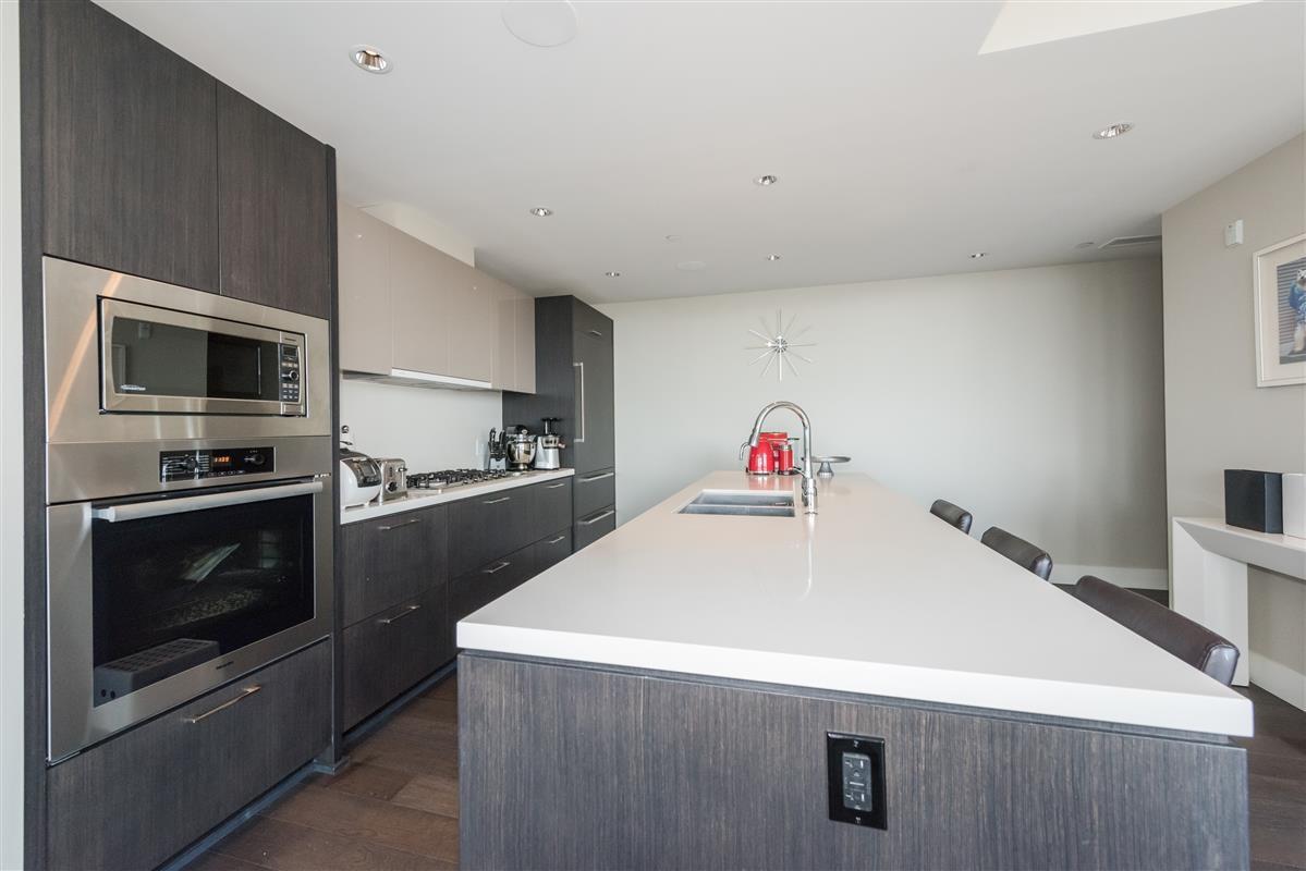 Condo Apartment at 502 918 KEITH ROAD, Unit 502, West Vancouver, British Columbia. Image 6
