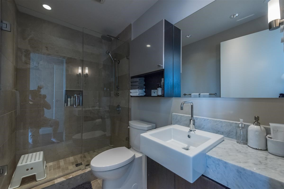 Condo Apartment at 502 918 KEITH ROAD, Unit 502, West Vancouver, British Columbia. Image 9