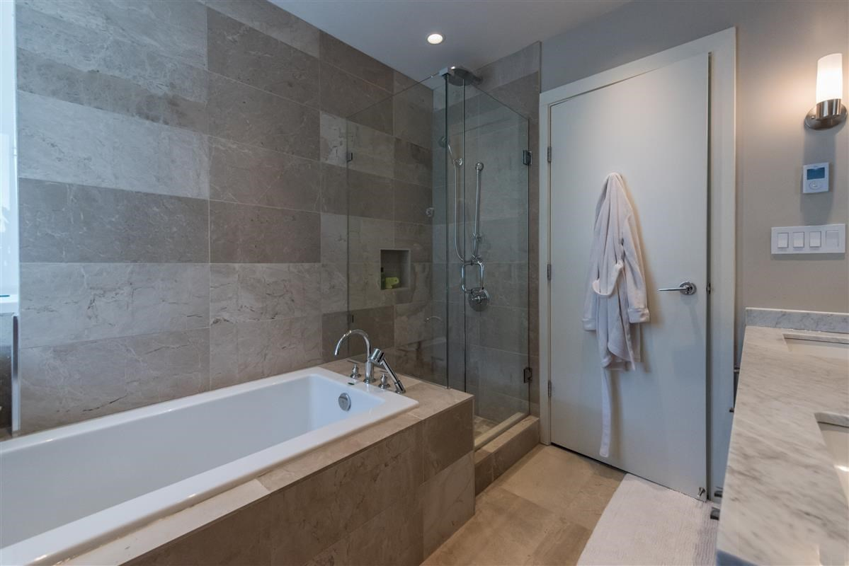 Condo Apartment at 502 918 KEITH ROAD, Unit 502, West Vancouver, British Columbia. Image 10