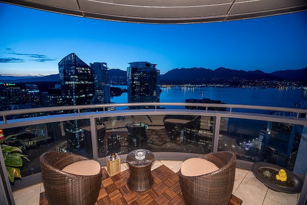 Condo Apartment at 3504 838 W HASTINGS STREET, Unit 3504, Vancouver West, British Columbia. Image 2