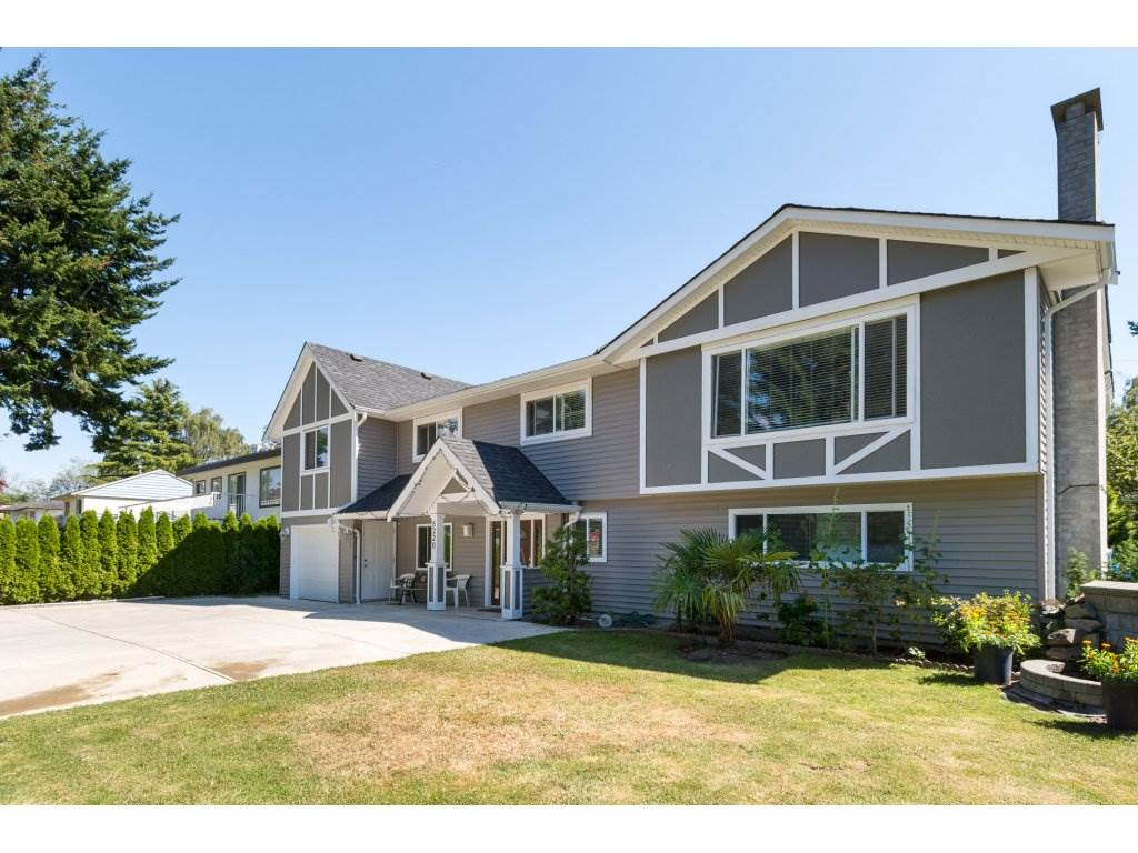 Detached at 8220 SPIRES ROAD, Richmond, British Columbia. Image 1