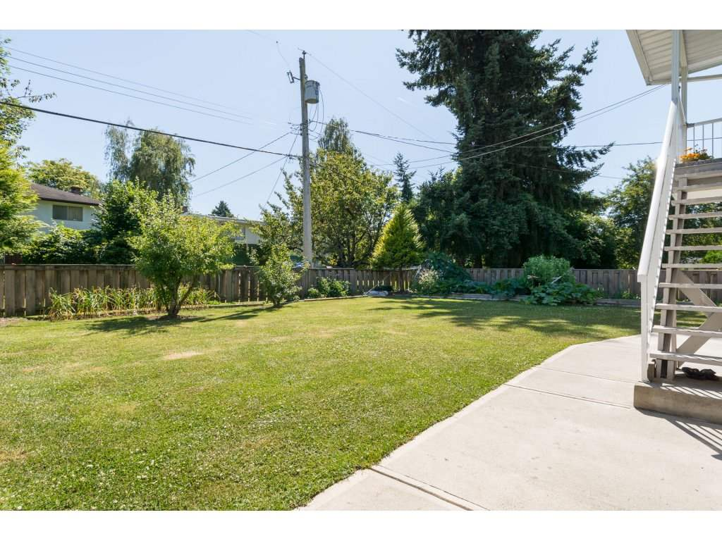 Detached at 8220 SPIRES ROAD, Richmond, British Columbia. Image 20