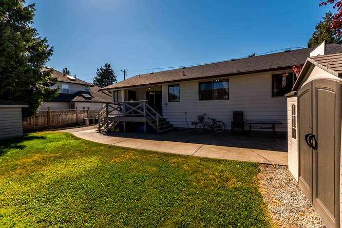 Detached at 5274 WESTMINSTER AVENUE, Ladner, British Columbia. Image 20