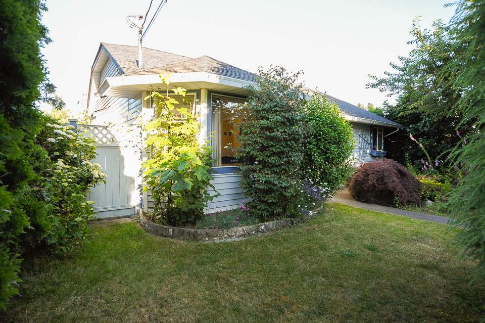 Detached at 1980 140 STREET, South Surrey White Rock, British Columbia. Image 6
