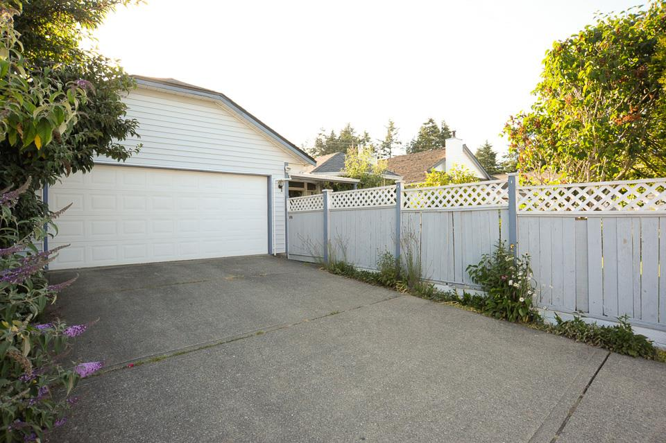 Detached at 1980 140 STREET, South Surrey White Rock, British Columbia. Image 16