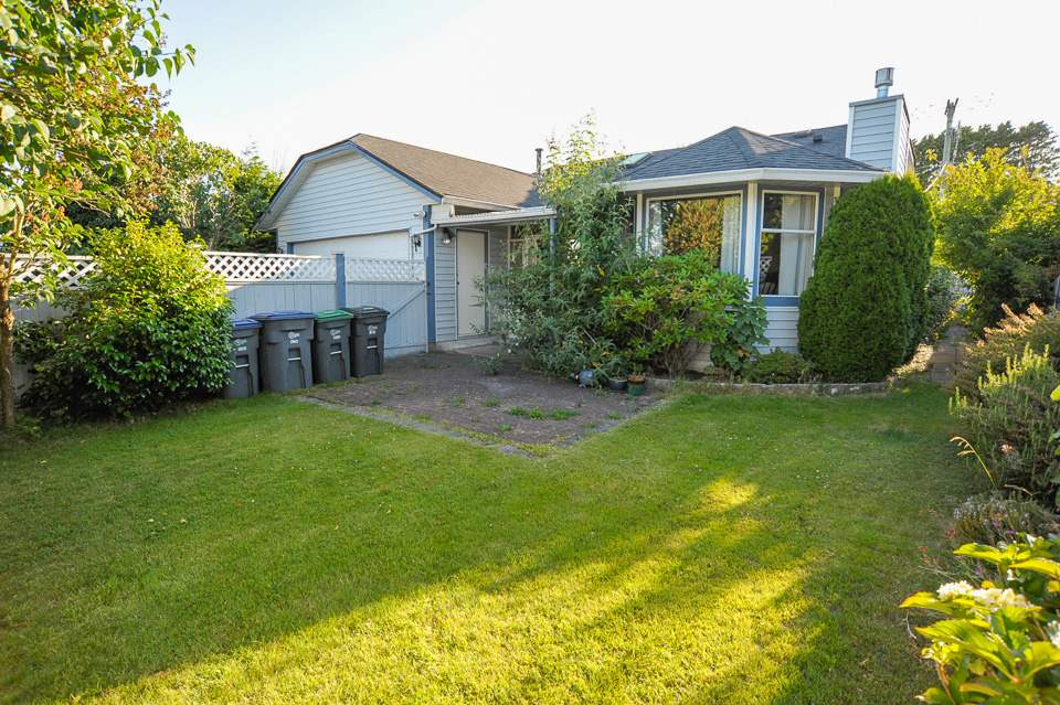 Detached at 1980 140 STREET, South Surrey White Rock, British Columbia. Image 18