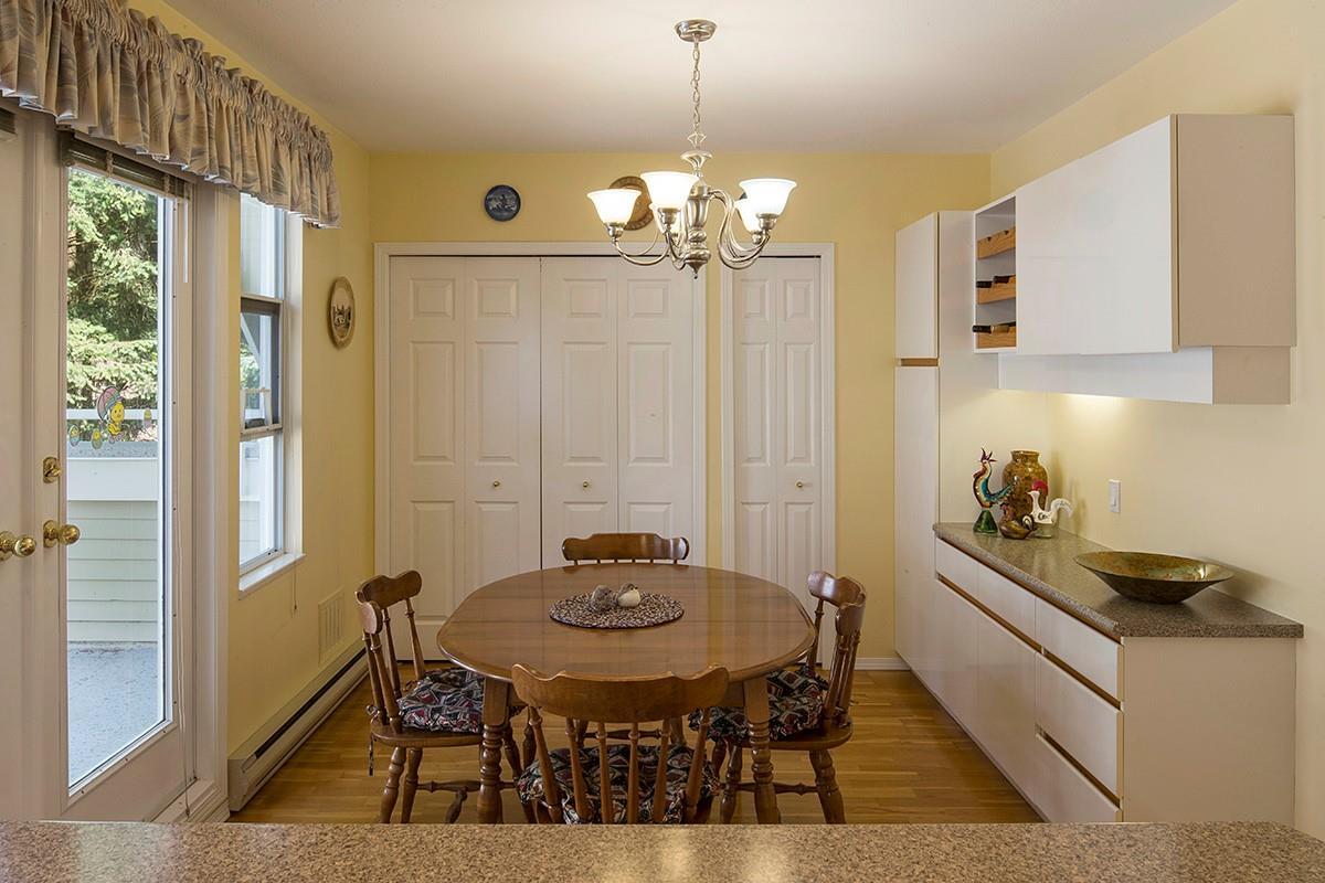 Condo Apartment at 301 3399 CAPILANO CRESCENT, Unit 301, North Vancouver, British Columbia. Image 9