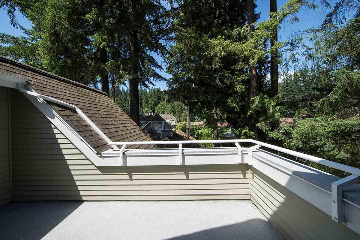 Condo Apartment at 301 3399 CAPILANO CRESCENT, Unit 301, North Vancouver, British Columbia. Image 12