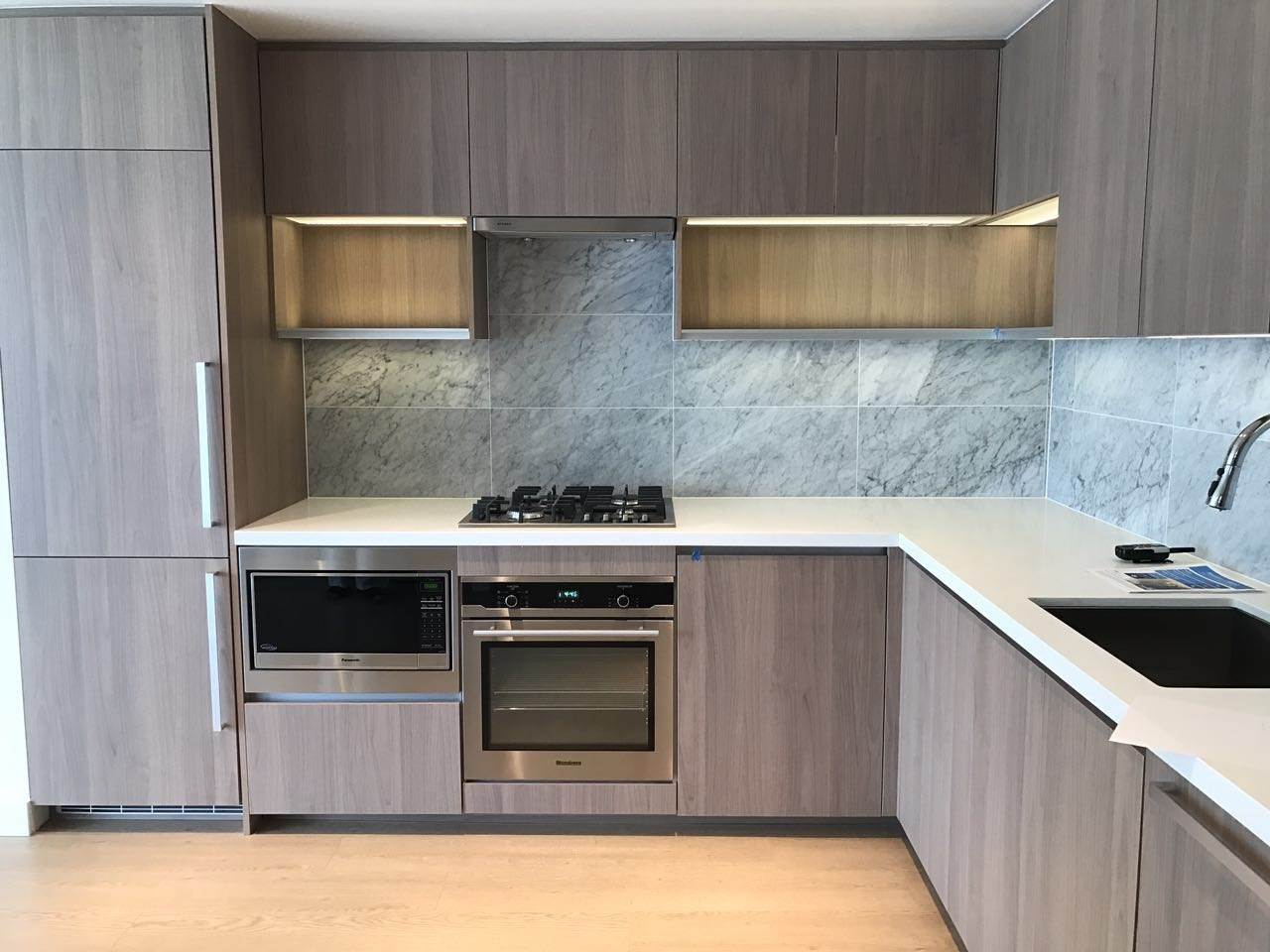 Condo Apartment at 502 6538 NELSON AVENUE, Unit 502, Burnaby South, British Columbia. Image 4
