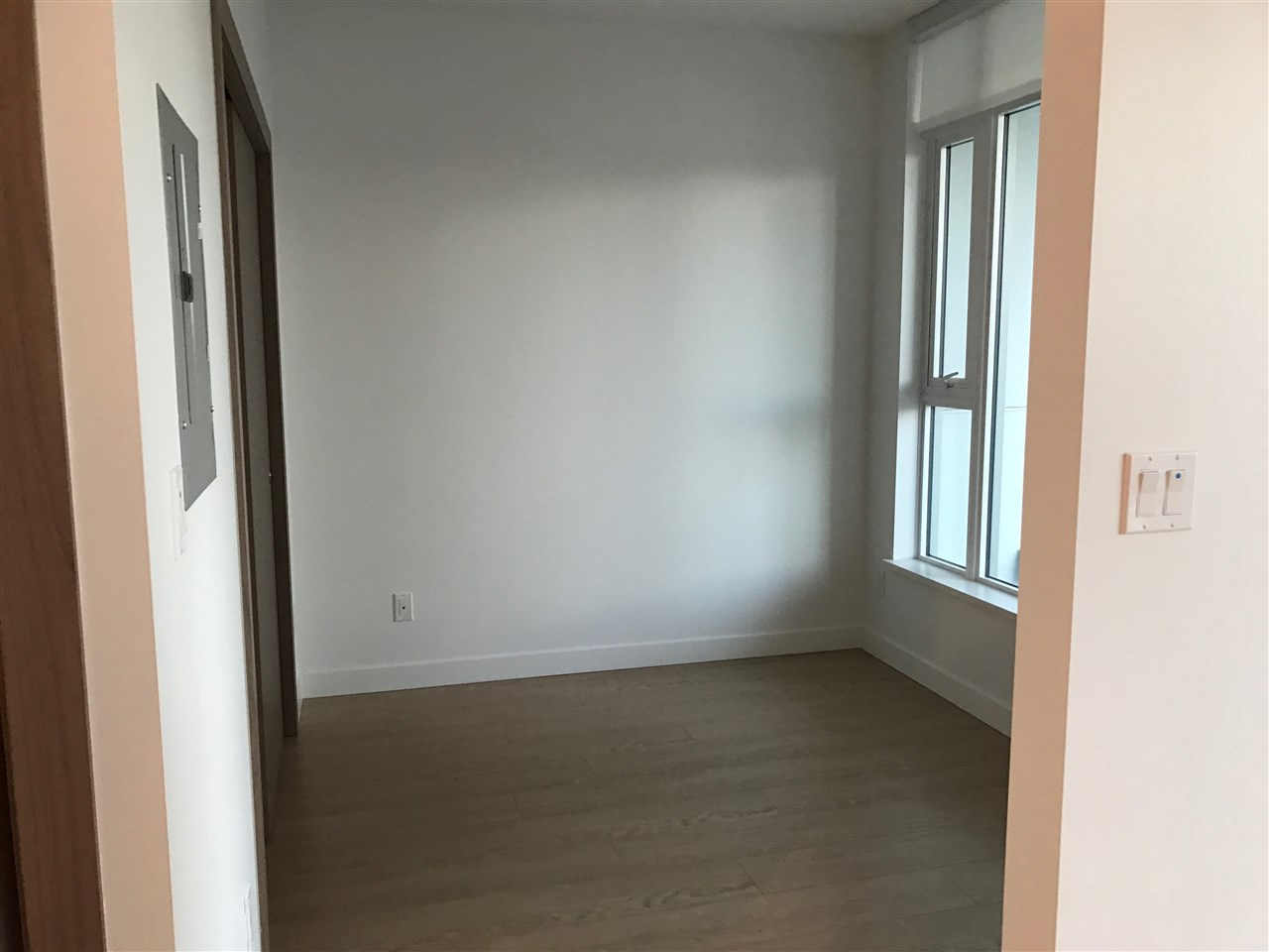 Condo Apartment at 502 6538 NELSON AVENUE, Unit 502, Burnaby South, British Columbia. Image 5