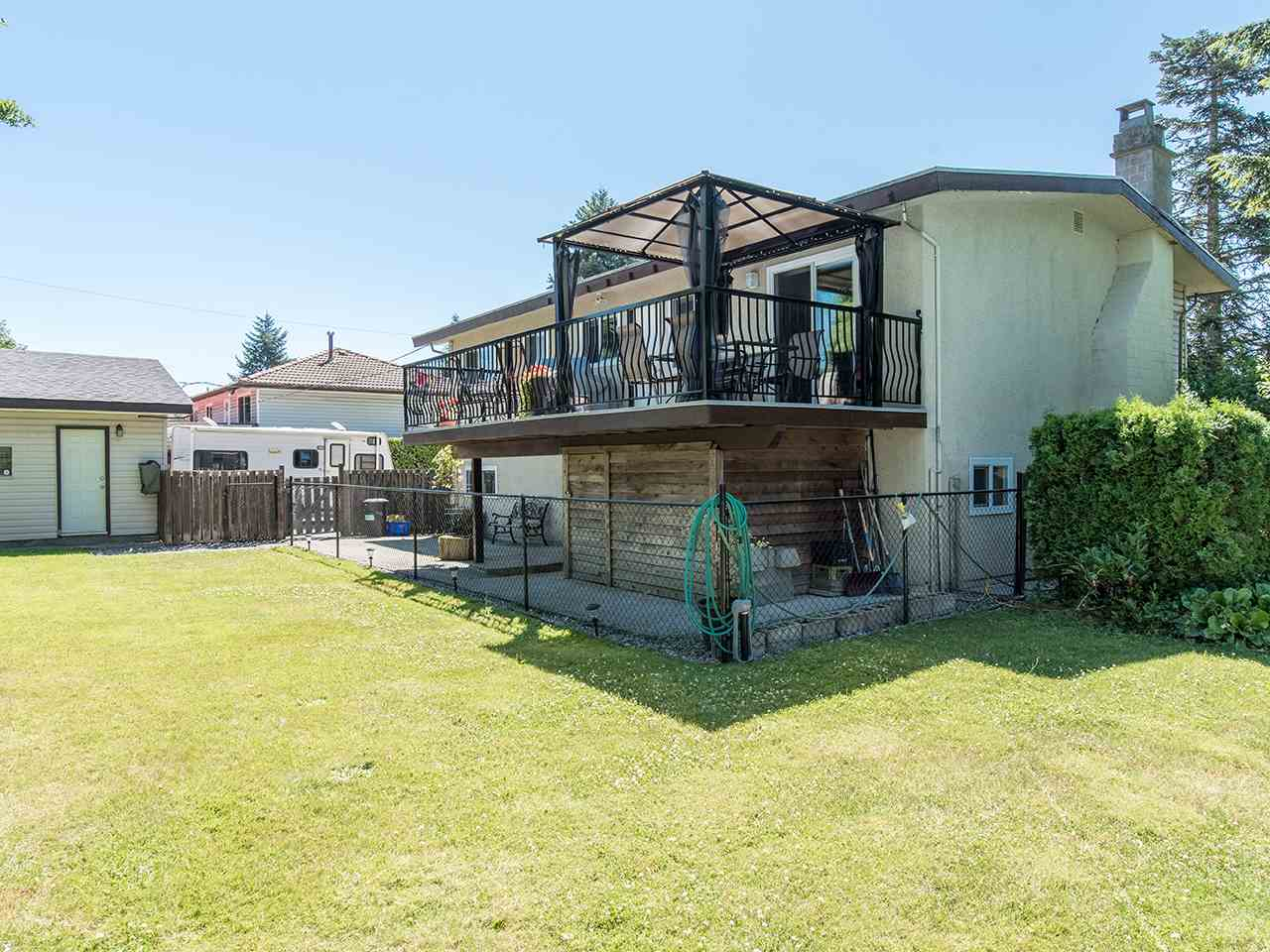 Detached at 11319 81A AVENUE, N. Delta, British Columbia. Image 19