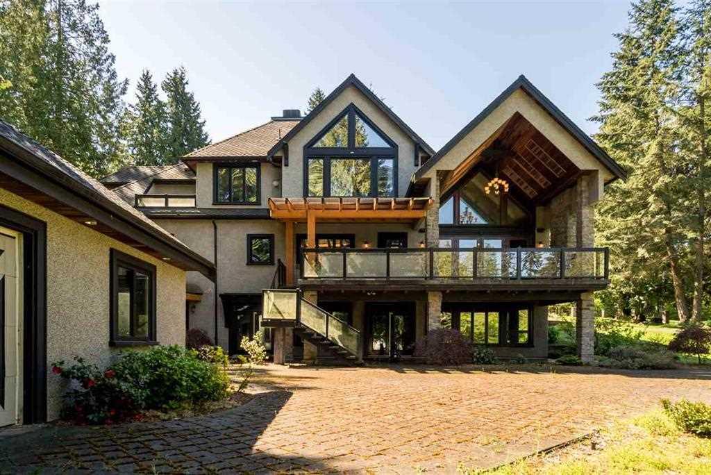 Detached at 13585 28 AVENUE, South Surrey White Rock, British Columbia. Image 20